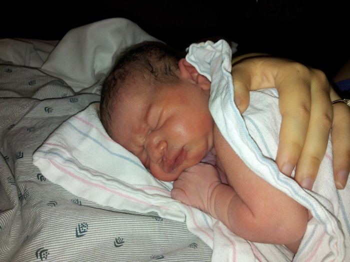 How to process your birth by telling your birth story. Learn why it's so important to process your birth!