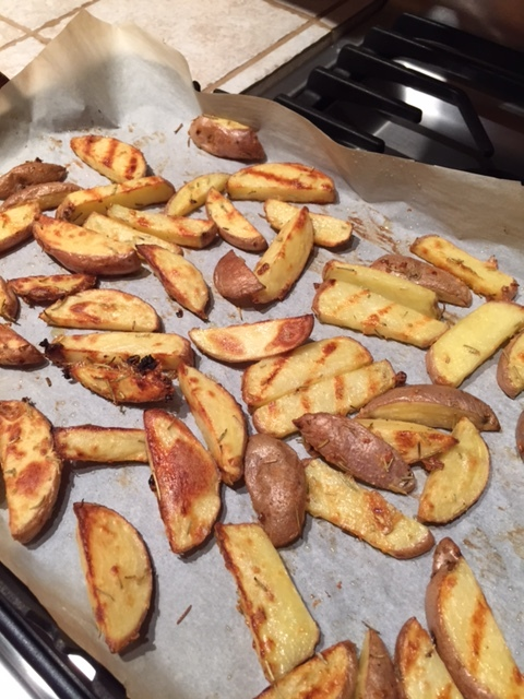 Baked Potato Fries with Garlic and Rosemary
