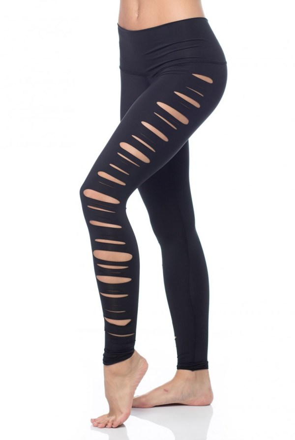 Featuring a cut design that extends from the hip to the ankle on each side, this yoga legging is bold & sexy and looks great in and out of the studio.