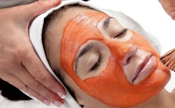 carrot-juice-face-mask-for-beauty