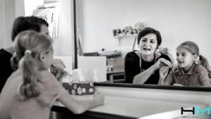 La terapia espejo es una herramienta brutal en el manejo del dolor, tanto crónico como agudo. Si quieres saber más, no dudes en leer esta entrada.