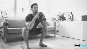Aprende cómo el flossing o el empleo de flossband puede ayudarte a mejorar la movilidad de tobillo en tu sentadilla.