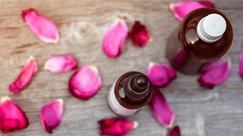 Essential Oils To Loosen Stiff Joints