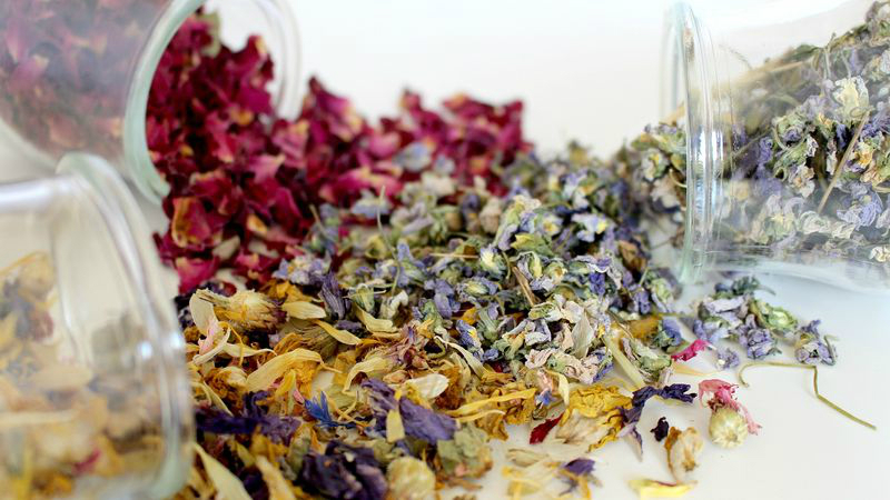 Make Your Own Herbal Bath Tea