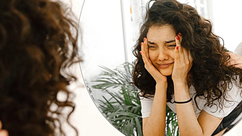 तुम्हांला तुमच्या भावना मांडता येत नसतील तर तुम्ही वाईटच ठरणार!