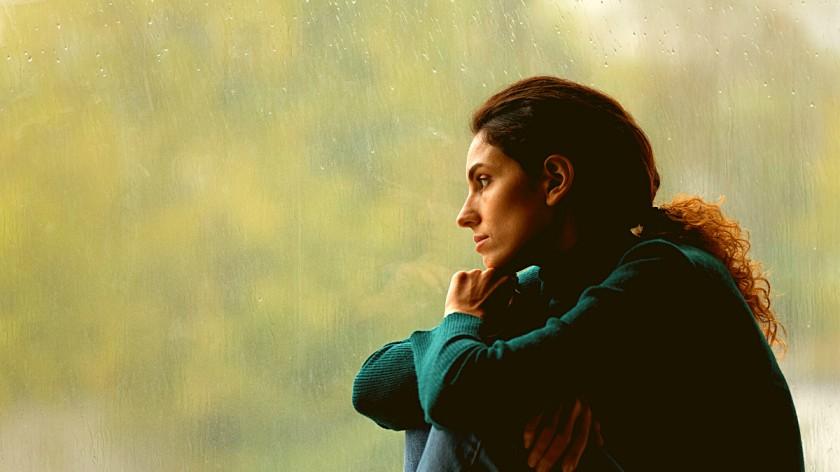 ज्या व्यक्तीवर जिवापाड प्रेम आहे ती सोडून निघून जाईल असं का वाटतं ?