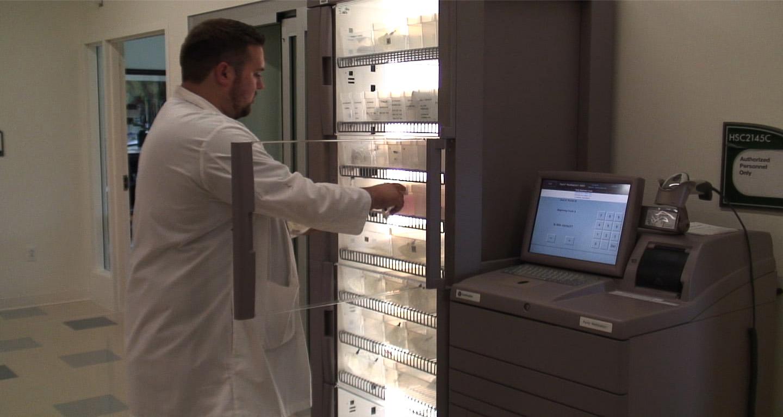 Pyxis Medstation 4000 Distributed By MedicalShipmentcom