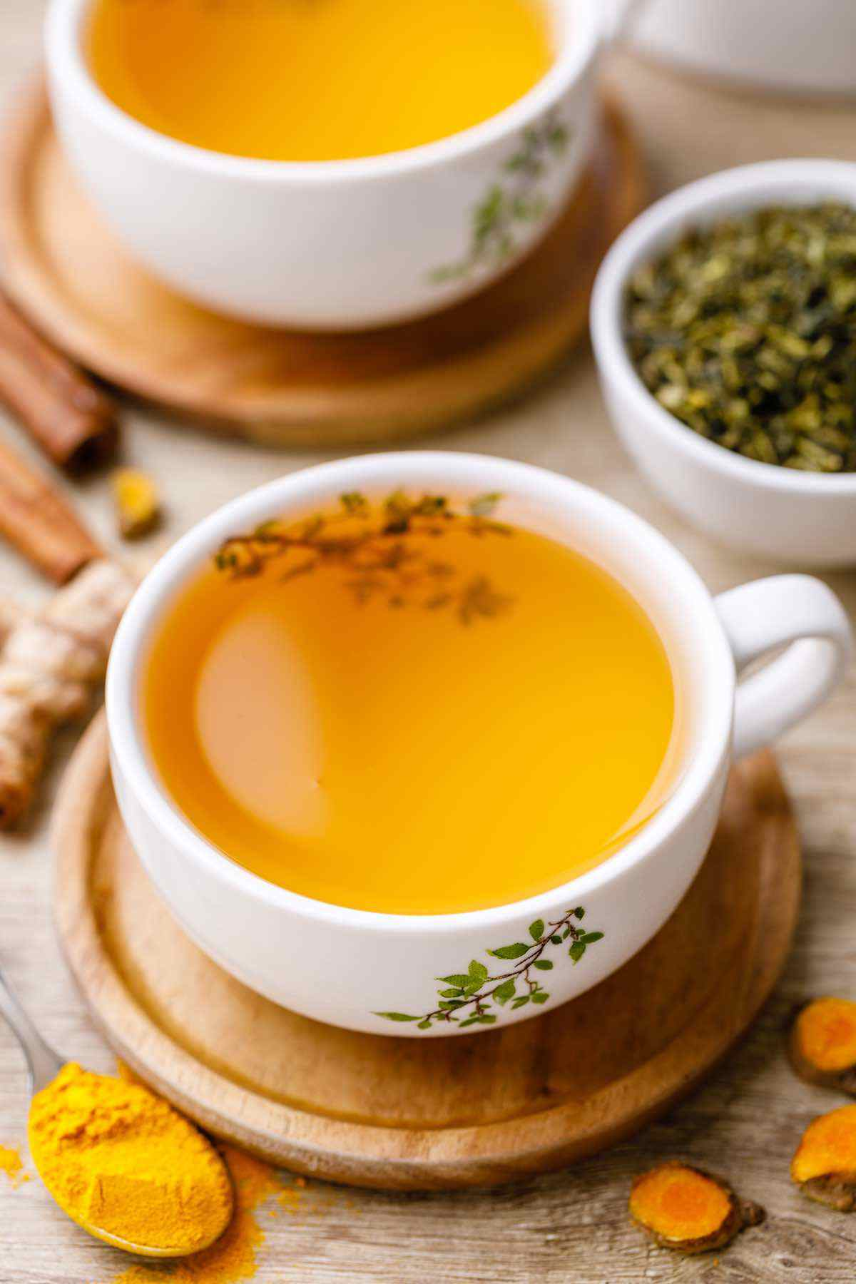 Metabolism-Boosting Turmeric Green Tea for Weight Loss - Healthy Substitute