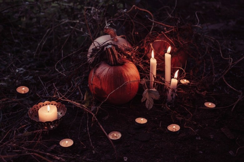 spooky halloween pumkins