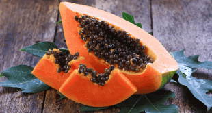 Papaya: moisturize your face naturally