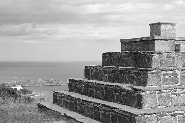 Black and white pyramid