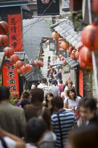 Juifen, Taiwan: street, photo by Jake Warga