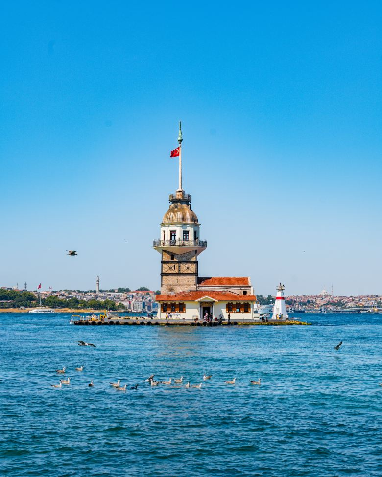 Maiden's Tower built on a rock on the Bosphorus has inspired films and poems with its beauty.