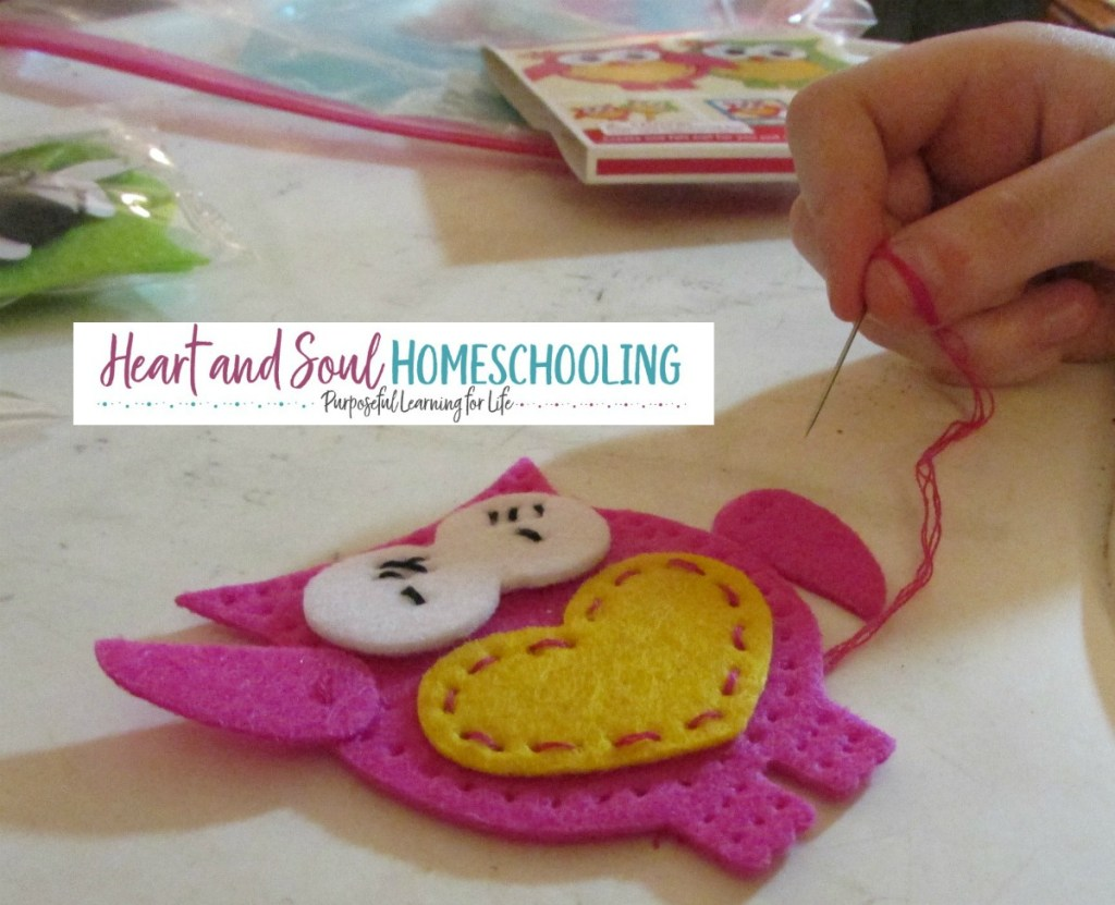 homeschooling creative girls | learning how to sew | sewing lessons