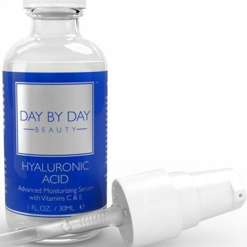 hyaluronic acid serum with pump dispenser