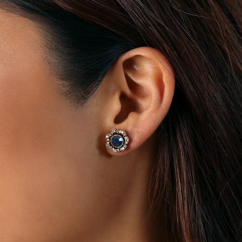 convertible-stud-earrings-look-1