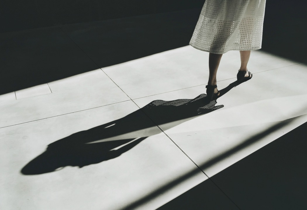 Image of a woman's shadow, used on blog about unavailable men
