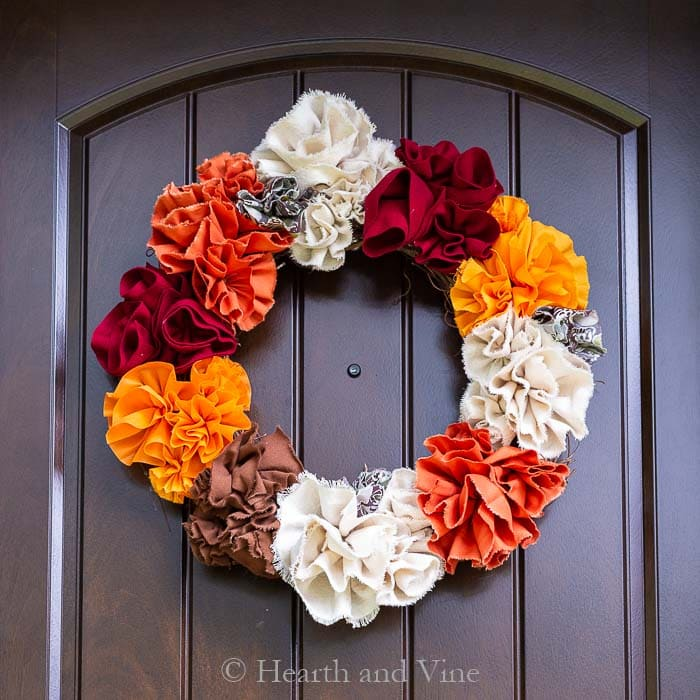 Sewing tutorial: Gathered fabric flower fall wreath