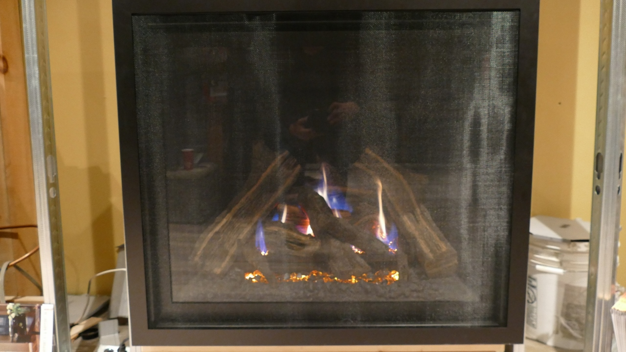 Kozy Carlton 39 Gas Fireplace – Floor Model – With Remote ...