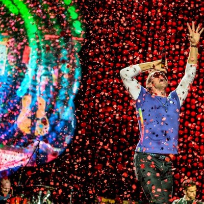 Review of Coldplay A Head Full Of Dreams Tour In Singapore