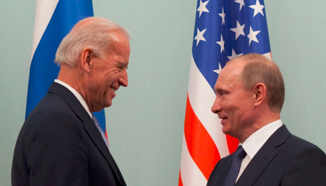 Putin 'Outlines' to Biden Vague 'Approaches' to Political Settlement of Donbass War in Ukraine