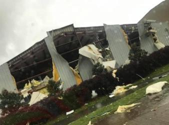 Tornadoes strike northern Louisiana as storm pummels southern U.S.
