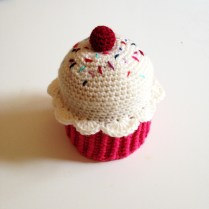 crochet muffin box