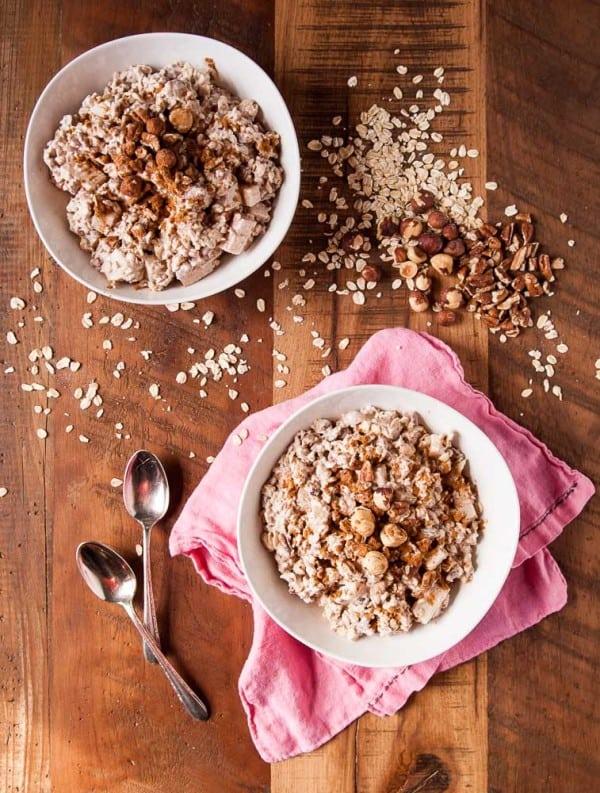 Vegan Swiss Oatmeal with Hazelnuts and Pears //heartofabaker.com