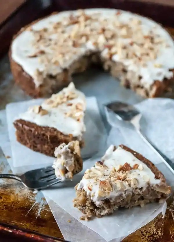Apple Spice Cake with Coconut Cream Frosting//heartofabaker.com