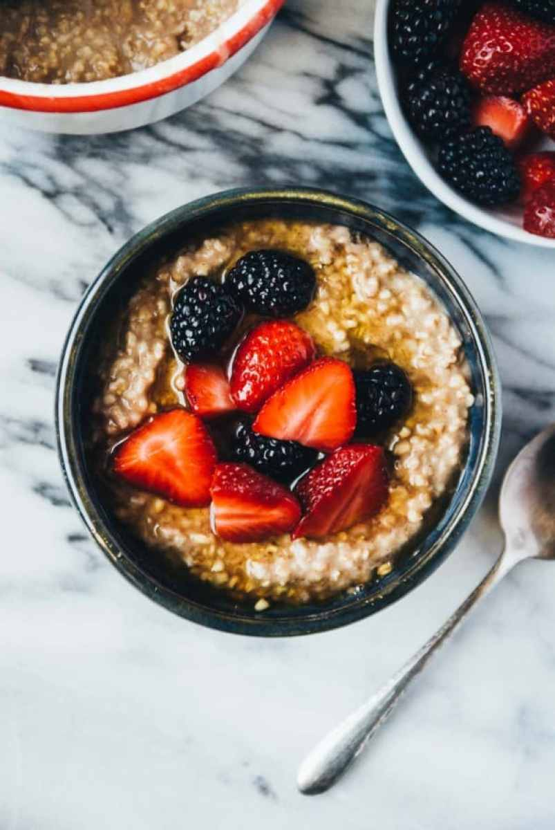 Lazy Maca Steel Cut Oatmeal- An easy and lazy version of steel cut oatmeal! Made overnight on the stovetop and with minimal work, with a kick from a spoonful of maca.
