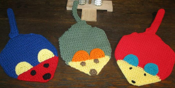 Crocheted Mouse Hot Pads