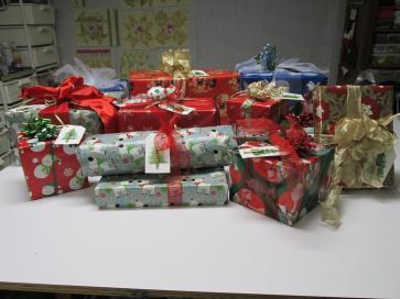 Decorated Gifts (Large)