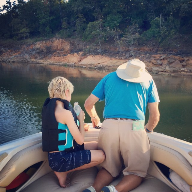 dad-oaks-anchoring-the-boat
