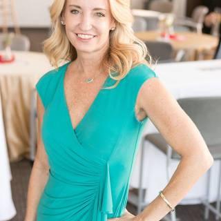 HeartStories Sponsor Laura Roach McCathern Family Law Green Dress