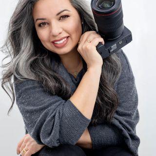 HeartStories Sponsor Vanessa Corral Photography Headshot