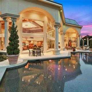 Myla Patton International Properties Royal creek patio pool
