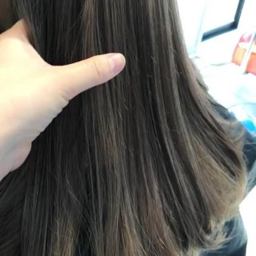 担当シオリ @shiori_tomii 加工ナシのグレージュカラー#hearty#shiori_hair #グレージュ#動画#透明感カラー #高崎美容室