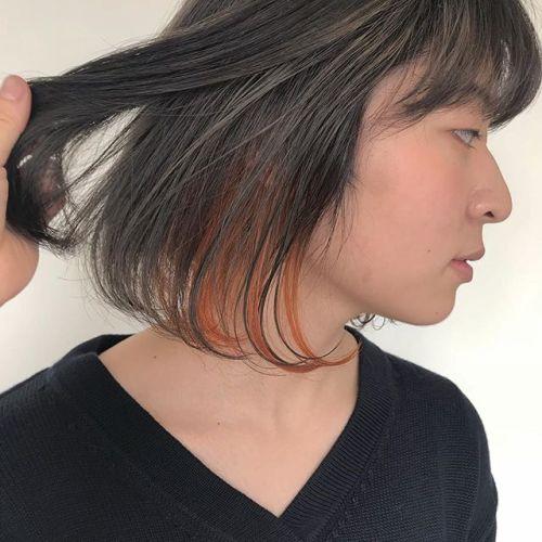 担当シオリ @shiori_tomii GWご予約ありがとうございます♡明日まだご予約に空きがありますのでぜひぜひお待ちしております♡🌞ブリーチしてグレージュにorangeハイライトをチラリ#hearty#shiori_hair #グレージュ#オレンジカラー#bob#高崎美容室