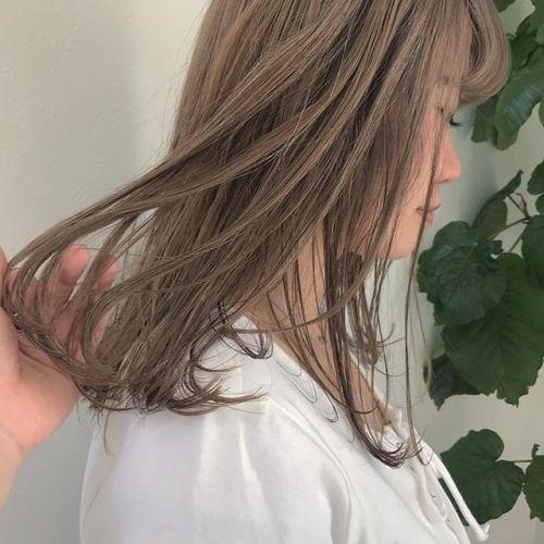 担当シオリ @shiori_tomii ハイトーンkeepのベージュ🦓#hearty #shiori_hair #ハイトーン#ハイトーンカラー #ベージュ#高崎美容室#高崎