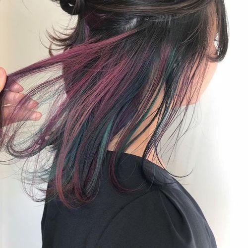 担当シオリ @shiori_tomii カラーバターでランダムハイライト夏は色んなカラーをmixもかわいいです️#hearty#shiori_hair #カラーバター#ハイライト#高崎美容室#高崎