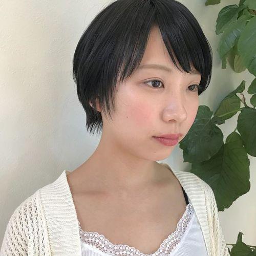 担当シオリ @shiori_tomii 本日7/14~7/15はお休みをいただいておりますのでご予約はそれ以降でぜひお待ちしております♡#hearty#shiori_hair #short#ショートヘア #高崎美容室#高崎