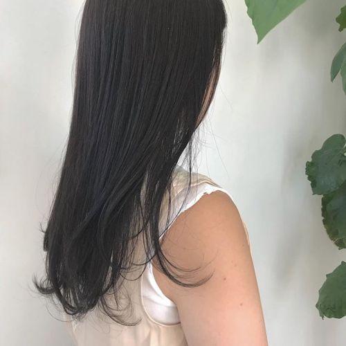 担当シオリ @shiori_tomii 地毛に近いダークグレー🐊#hearty#shiori_hair #グレージュ#ダークグレー#高崎美容室#高崎