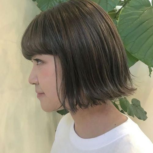 担当シオリ @shiori_tomii ケアブリーチしてアッシュベージュに🦌🦌#hearty#shiori_hair #アッシュベージュ#ベージュカラー #切りっぱなしボブ#bob#ヘアスタイル#ヘアカラー#高崎美容室#高崎