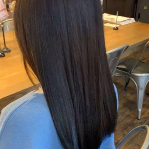 担当シオリ @shiori_tomii ロイヤルトリートメントで乾燥知らずのツヤ髪に#hearty#shiori_hair #ロイヤルトリートメント#トリートメント#ツヤ髪#艶髪トリートメント #艶髪文化