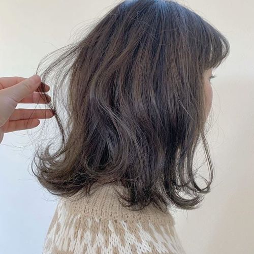担当シオリ @shiori_tomii 柔らかクリーミーベージュ#hearty#shiori_hair #アッシュベージュ#クリーミーベージュ#ミディアム#高崎美容室#群馬美容室#群馬#高崎