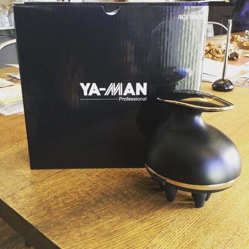 ♀️YA -MAN ヴェーダリフト♀️ 頭皮からの美に着目したエイジングケアヘッドスパ機器。音波洗浄により毛穴の奥から汚れをかき出し清潔な頭皮に。さらに、頭皮をもみ上げ直接顔をもみ出すことでリフトケアも可能です。年末年始お忙しい皆様に特別価格でご用意してますので是非♀️♂️ #yaman#ヘッドスパ#高崎#美容室#hearty