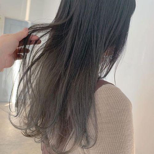 担当シオリ @shiori_tomii アースカラー#hearty#shiori_hair #アースカラー#マットグリーン#グレージュ#透明感カラー#ブリーチ#高崎美容室#群馬美容室#高崎#群馬