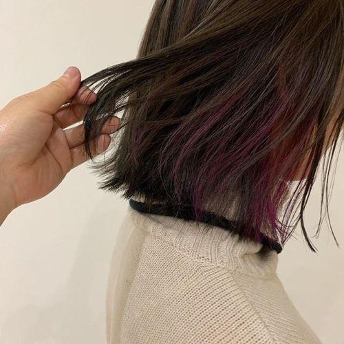 担当シオリ @shiori_tomii もみあげブリーチしてポイントカラーを#hearty#shiori_hair #ポイントカラー#カラーバター#パープル#高崎美容室#群馬美容室#高崎#群馬