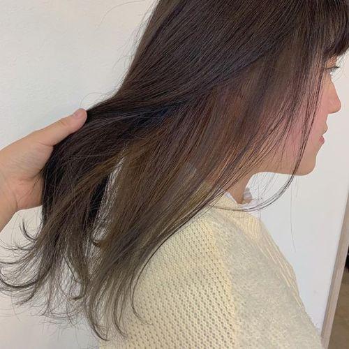 担当シオリ @shiori_tomii インナーハイライト🦔#hearty#shiori_hair #インナーハイライト#ハイライト#グレージュ#高崎美容室#群馬美容室#高崎#群馬