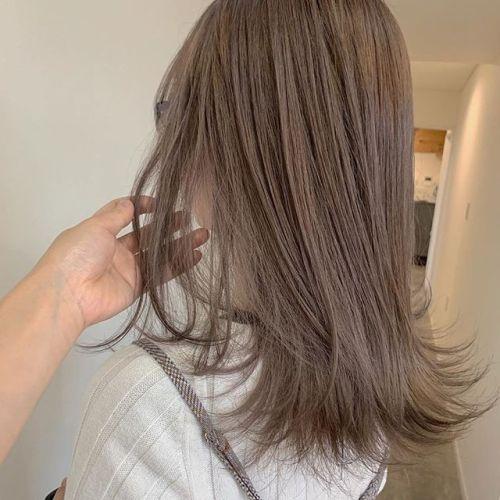 担当シオリ @shiori_tomii ミルクティーベージュ🥣🥣#hearty#shiori_hair #ミルクティーベージュ#ベージュ#ブリーチ#ケアブリーチ#高崎美容室#群馬美容室#高崎#群馬